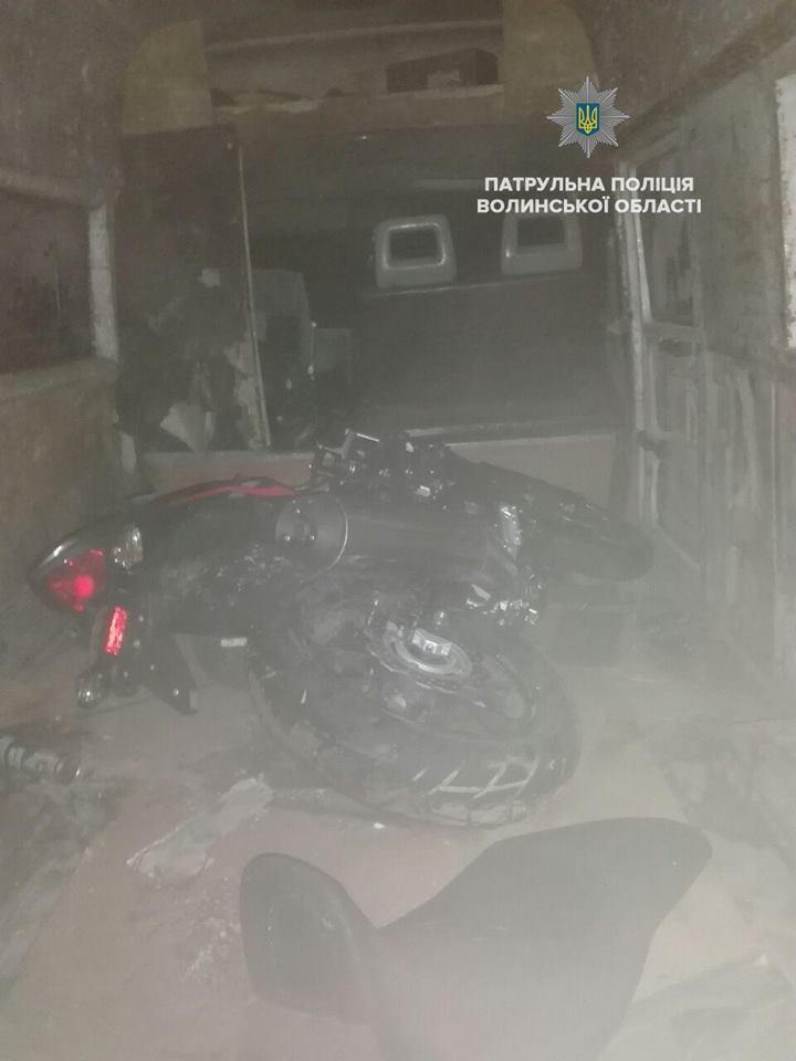 З перехопленням і погонею: луцькі патрульні затримали викрадений автомобіль. ВІДЕО