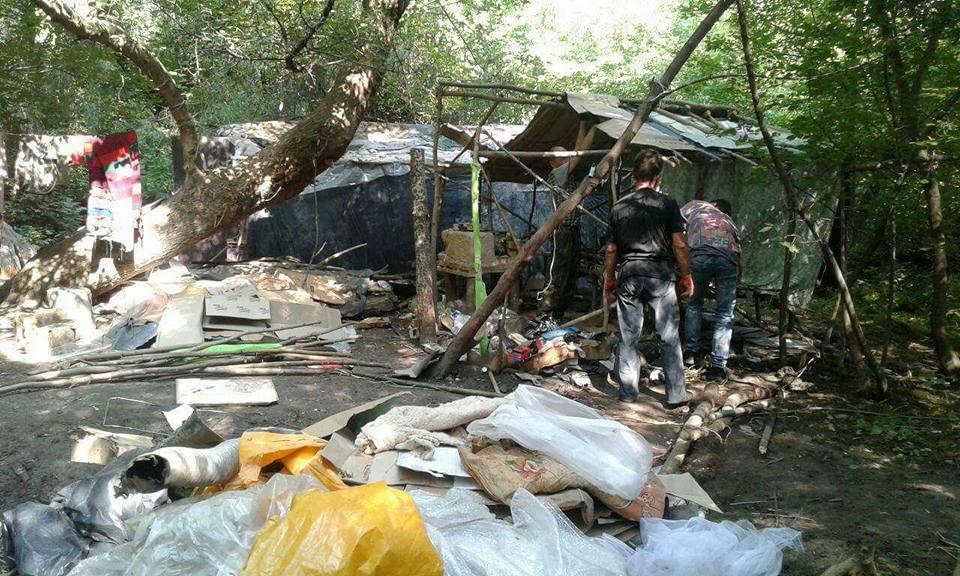 У Луцьку демонтували справжній «житловий квартал». ФОТО
