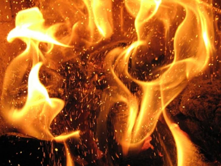 У Луцьку загорівся будинок. ВІДЕО