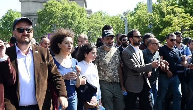 Сто днів свободи: в Єревані проходить мітинг прихильників прем'єра Пашиняна