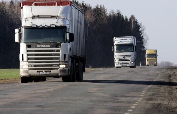 На Волині заборонили рух великогабаритного транспорту