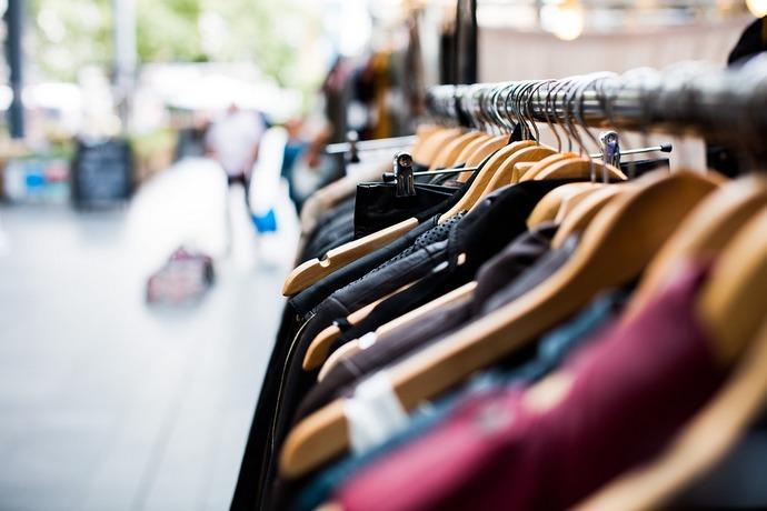 У Верховній Раді хочуть знизити ціни на брендовий одяг