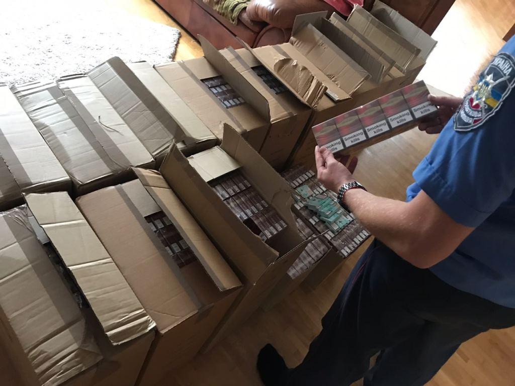 На Волині вилучили понад 12 тисяч пачок контрабандних цигарок