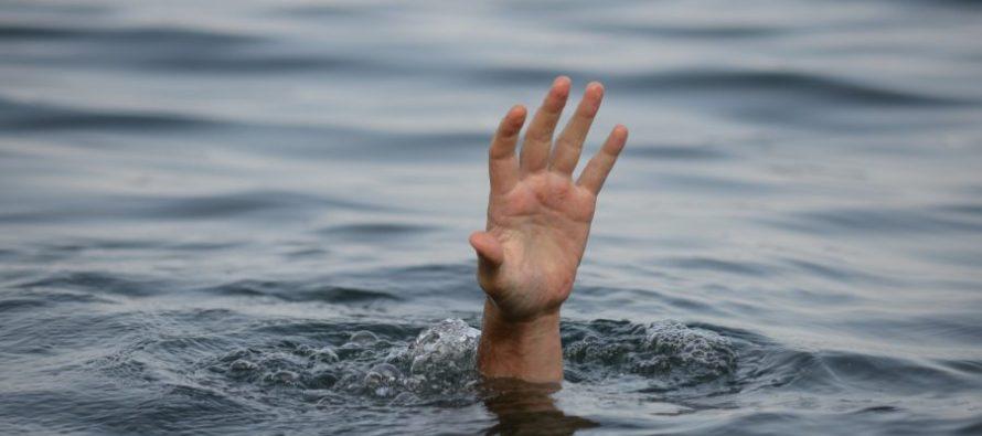 На Волині водолази дістали із річки тіло чоловіка