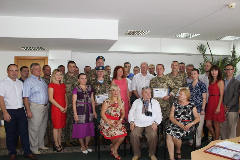 У Луцьку колишнім військовим вручили свідоцтва про перепідготовку