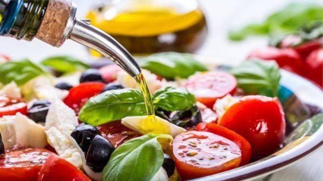 Середземноморська кухня може перешкоджати депресії
