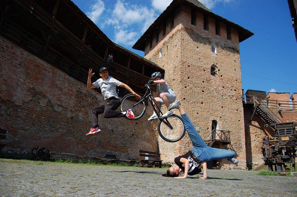 Вперше в світі у Луцькому замку відбудуться змагання з велотріалу