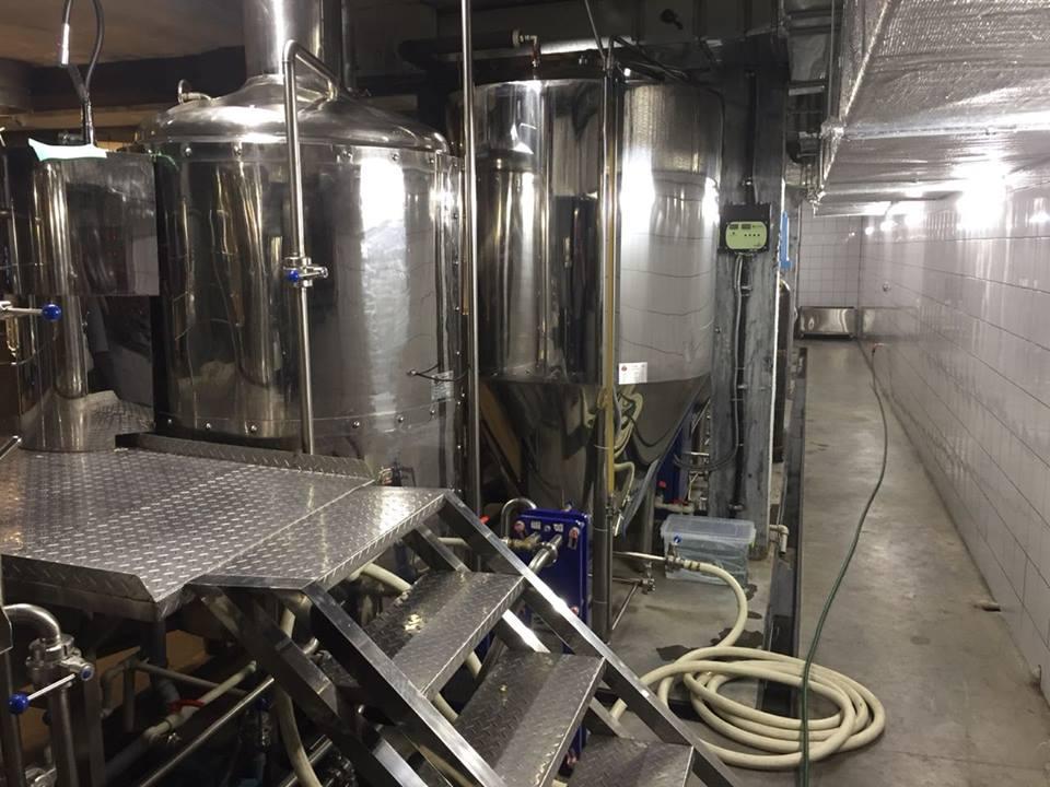 У Ковелі виявили «міні-завод», де масово виготовляли традиційний алкоголь. ФОТО