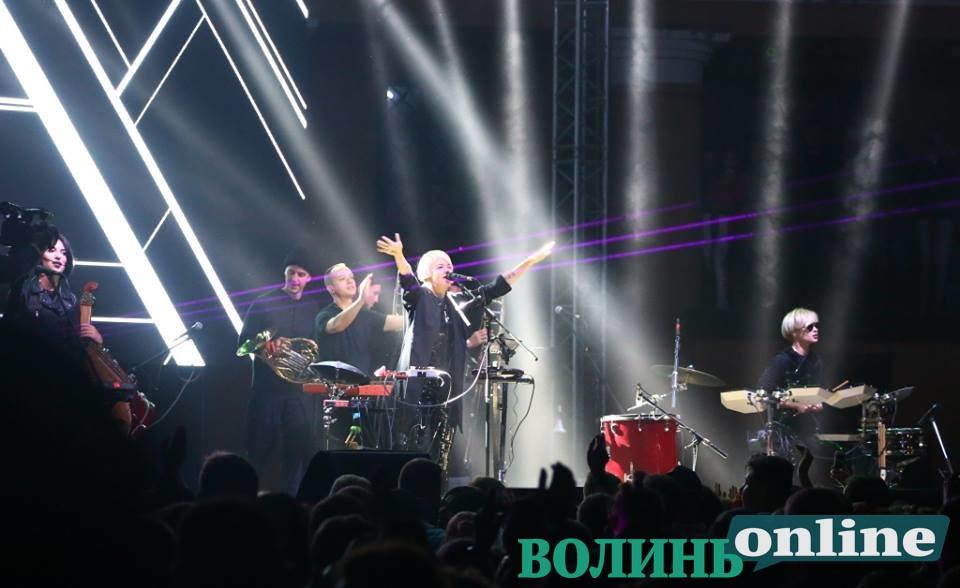 «Onuka» у День міста зіграла у Луцькому замку новий альбом. ФОТОРЕПОРТАЖ