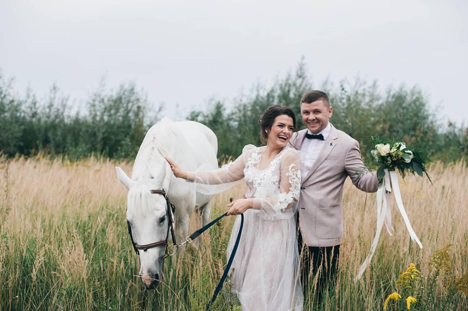 Показали фото із весілля луцької режисерки