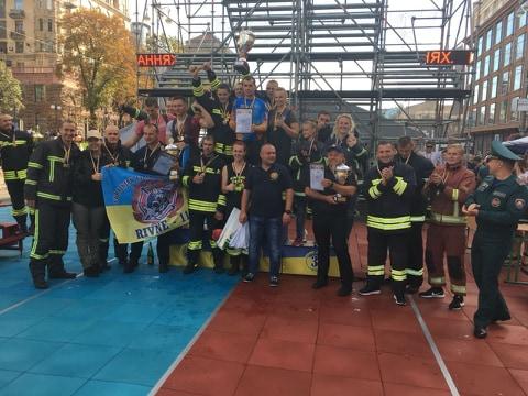 Волинські рятувальники – бронзові призери змагань «Найсильніший пожежний-рятувальник»