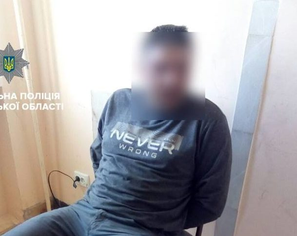 Ковельські патрульні затримали нетверезого сімейного дебошира: йому загрожує кримінал