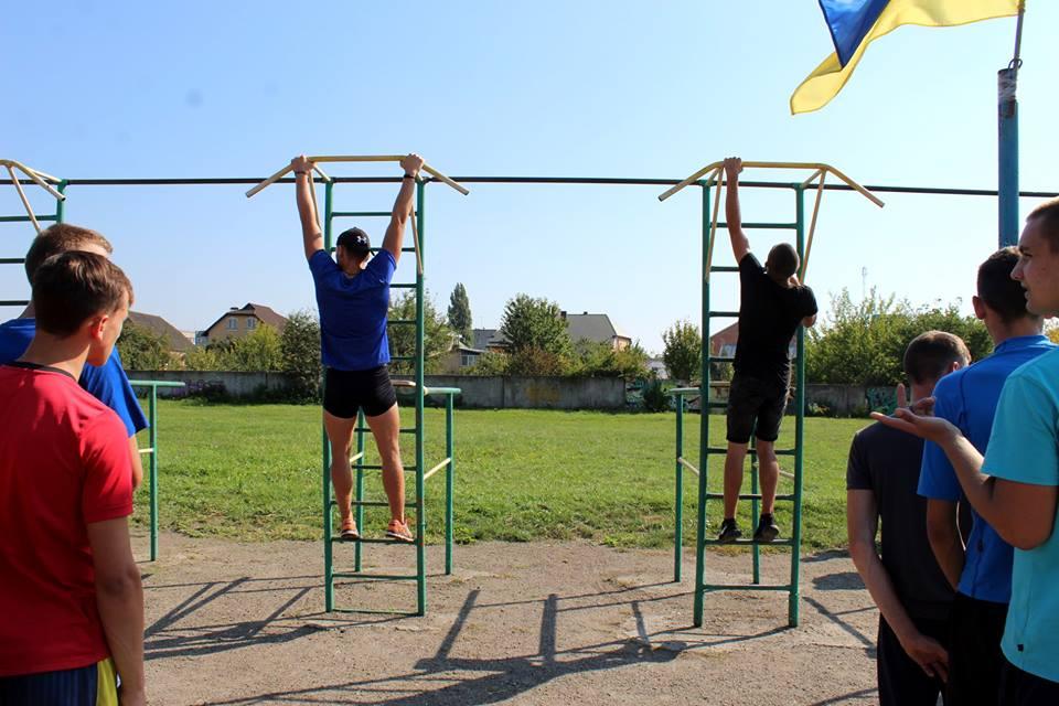 У Луцькому НТУ – флешмоб до Міжнародного дня студентського спорту. ФОТО