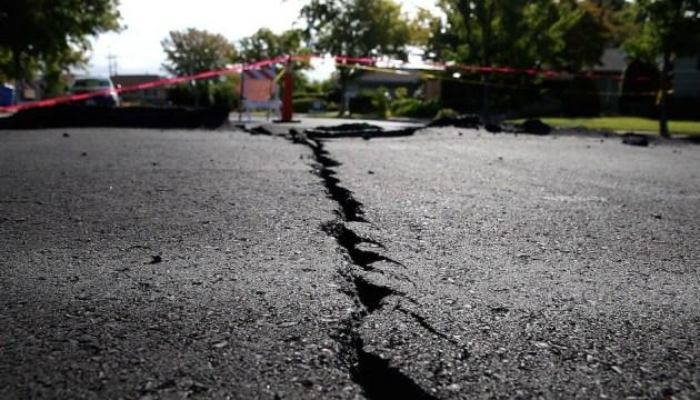 В Індонезії стався другий за день потужний землетрус, є загроза цунамі