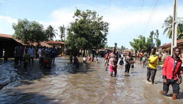 Від повеней у Нігерії загинули вже 200 осіб