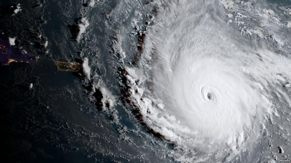Вчені назвали причину зростання кількості ураганів у світі