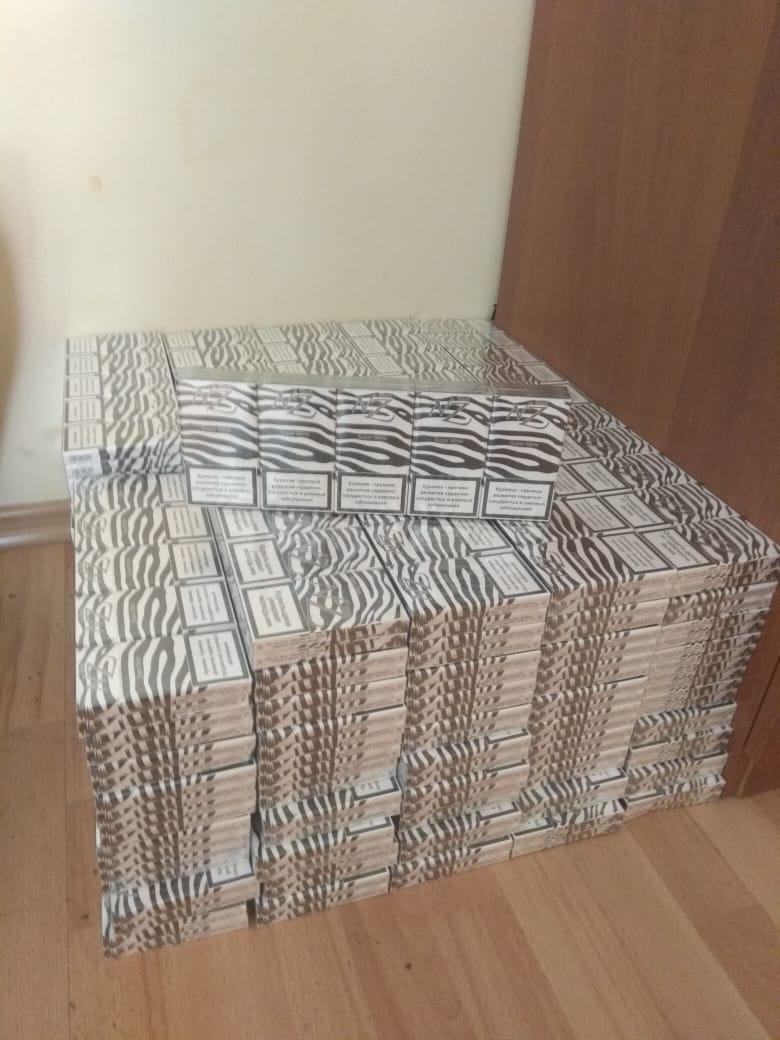 На Волині прикордонники виявили два ящики контрабандних цигарок. ФОТО
