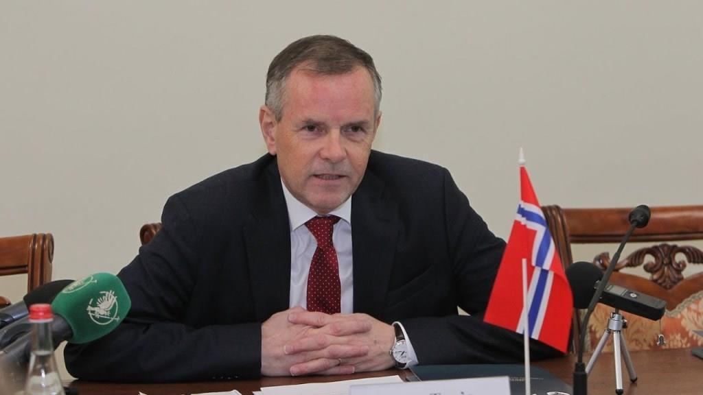 Лесин виш відвідає керівник дипломатичної місії Норвегії в Україні