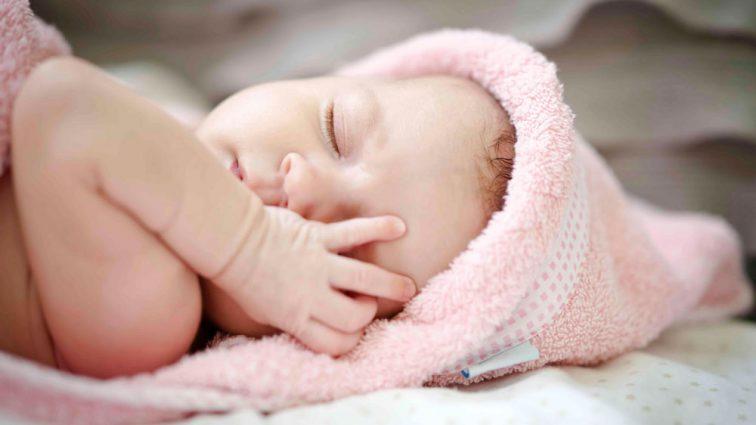 У Луцьку жінка самостійно народила, але через день їй довелося викликати швидку