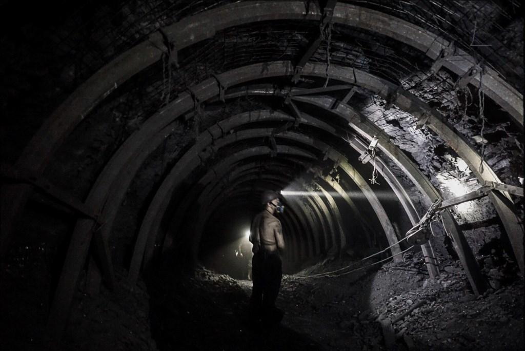 На Волині гірники відмовилися спускатися в шахту через зарплатні борги