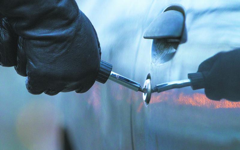 Жителю Луцька за викрадення автомобілем загрожує кримінальна відповідальність