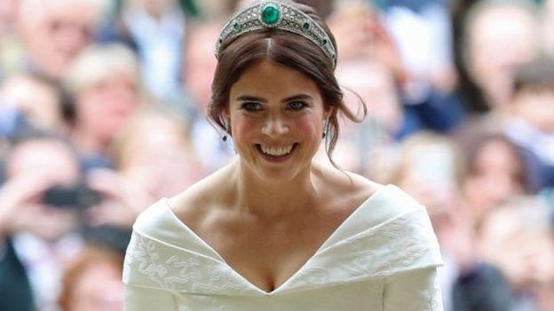 Королівське весілля: принцеса Євгенія вийшла заміж. ФОТО