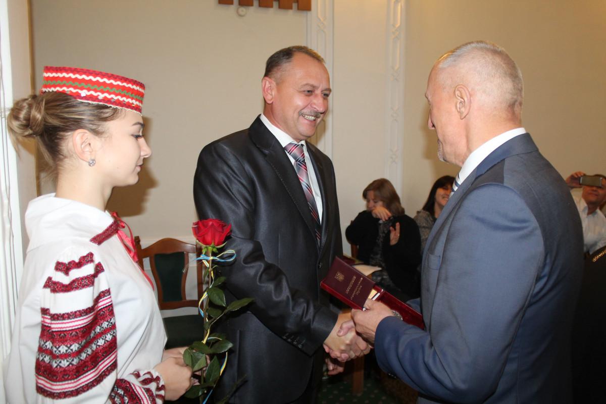 Петро Порошенко відзначив волинян за вагомий вклад у державне будівництво