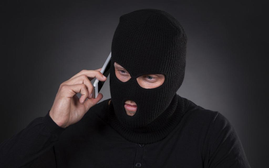 Поліція застерігає волинян про найпоширеніші види шахрайств. ВІДЕО