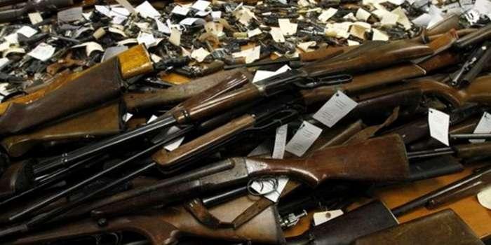 На Волині триває місячник добровільної здачі зброї