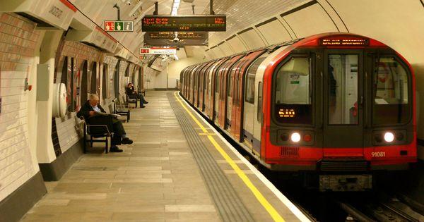 Мінрегіон планує зробити метро доступнішим для людей з інвалідністю