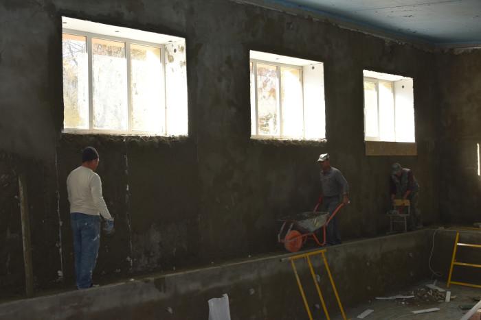У луцькій гімназії незабаром буде оновлений басейн. ФОТО
