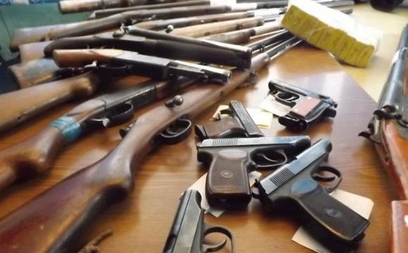 Волиняни здали до поліції майже 200 одиниць зброї