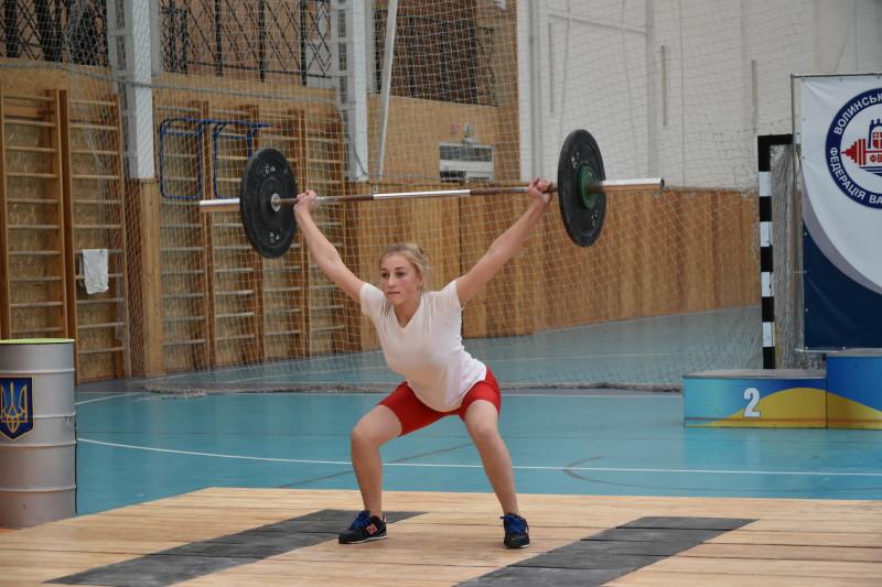У Луцьку – турнір із важкої атлетики серед молоді. ФОТО