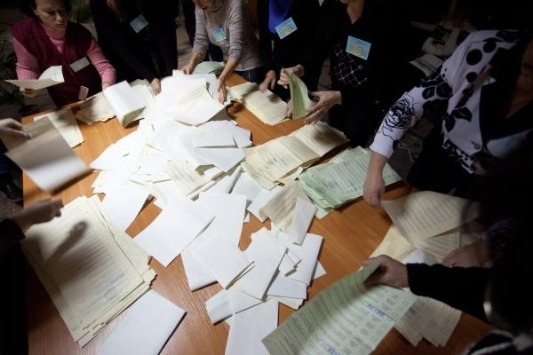 Повторне засідання комісії та незаконне подання – результати утворення виборчих комісій у волинських громадах