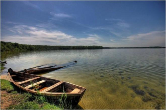 Підписали договори на виконання робіт з каналізування навколо Шацьких озер