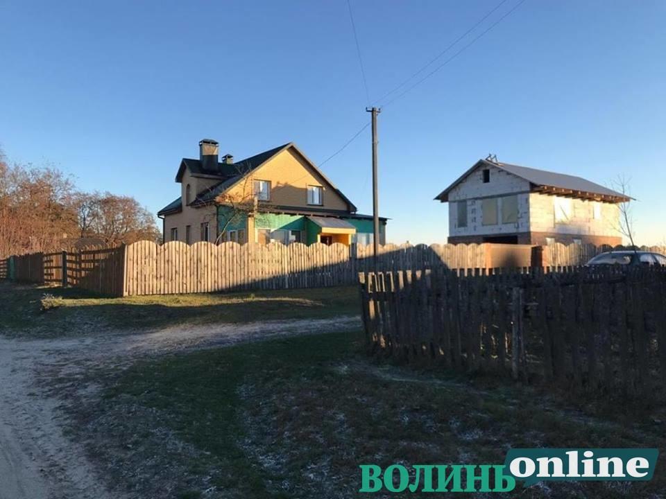 Готель, вертолітний майданчик: чим багатий Зимненський монастир на Волині, фото-8