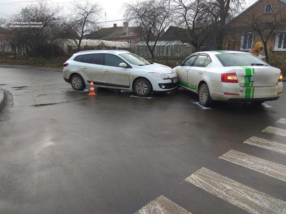 У Луцьку знову – кілька аварій через неуважність водіїв. ФОТО