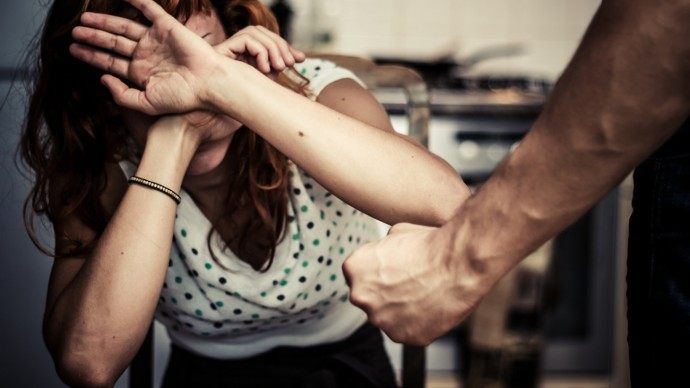Волинянин погрожував дружині фізичною розправою