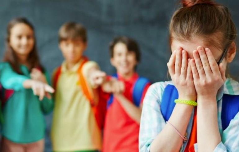 Волинські патрульні обговорили з учнями тему булінгу в школах