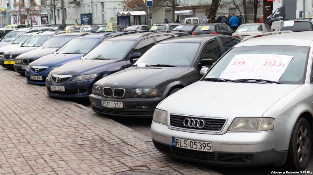 Рада залишила чинним оподаткування машин на «єврономерах»