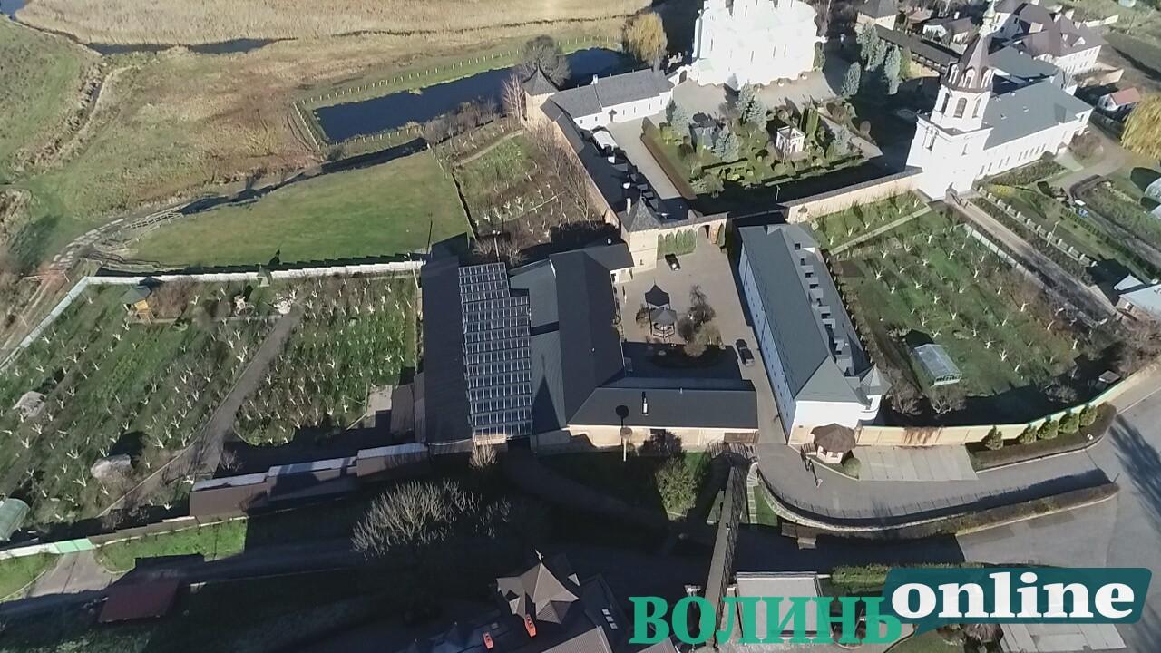 Готель, вертолітний майданчик: чим багатий Зимненський монастир на Волині, фото-3
