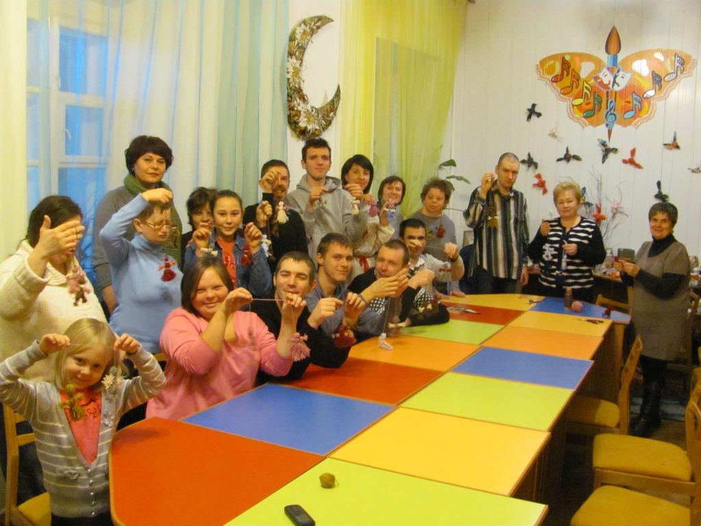 Презентували виставку ляльок-мотанок, яку створили особливі волиняни. ФОТО