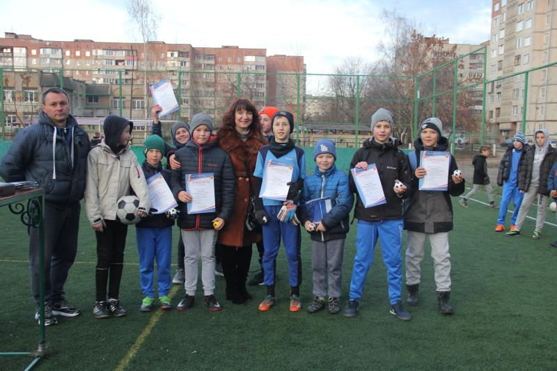 Для мешканців одного з мікрорайонів Луцька організували фестиваль спорту. ФОТО