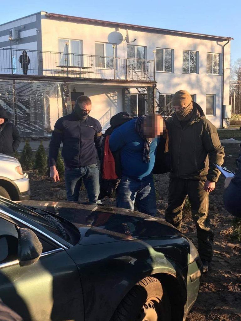 На Волині начальник районного відділу поліції попався на хабарі. ФОТО