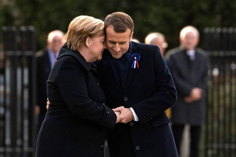 Меркель та Макрон відкрили пам'ятний знак до 100-річчя завершення Першої світової війни