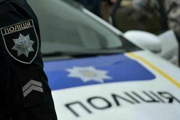У місті на Волині патрульні затримали п'яного чоловіка