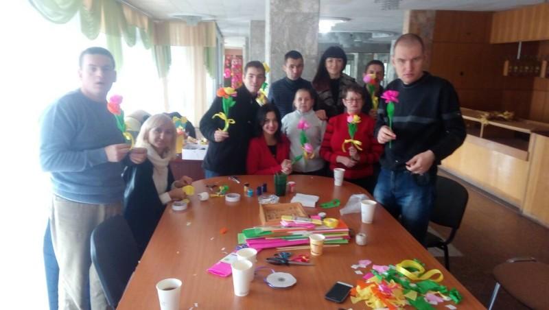 Для особливих дітей у Луцьку провели арт-терапію. ФОТО