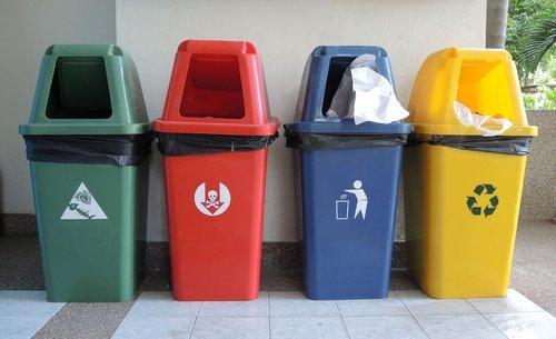 У Луцьку придбали 160 індивідуальних контейнерів для збору сміття