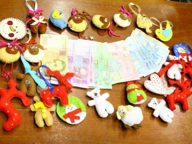 Розповіли про п'ять способів долучитися до акції «Тепла іграшка надії» у Луцьку