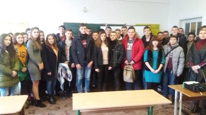 Луцькі студенти долучилися до всеукраїнської акції проти насильства